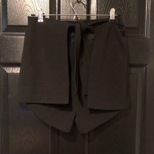Lavish Alice black tie front side split shorts